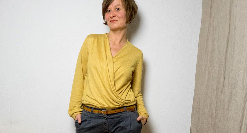 Gelbe Sofia Wickelbluse
