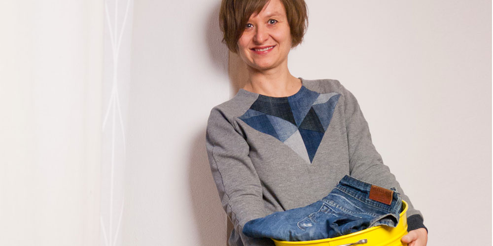Upcycling Stories #1 – Denim Patchwork Sweater